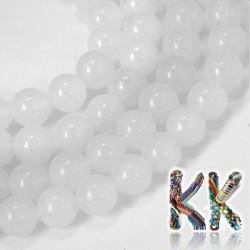 Přírodní bílý nefrit - ∅ 8 mm - kulička