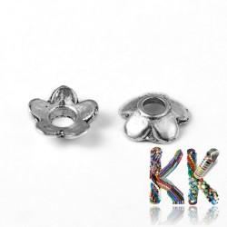 Kaplík z tibetského stříbra - malá květinka - ∅ 6,5 x 2 mm