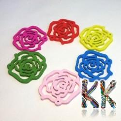 Dřevěný přívěsek - květ růže - ∅ 25 x 2 mm